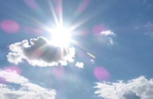 Tageslichtlampen scheinen so hell wie die Sonne
