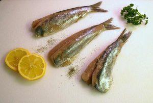 Fetter Fisch enthält reichlich Vitamin D